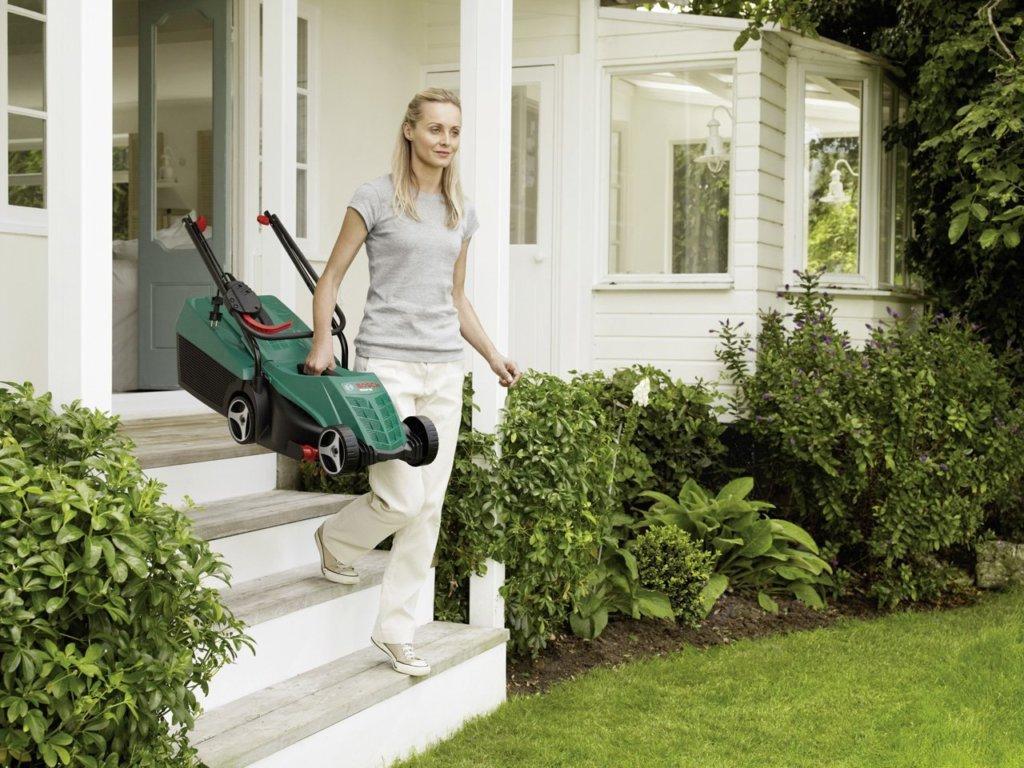 Welcher Rasenmäher für Frauen